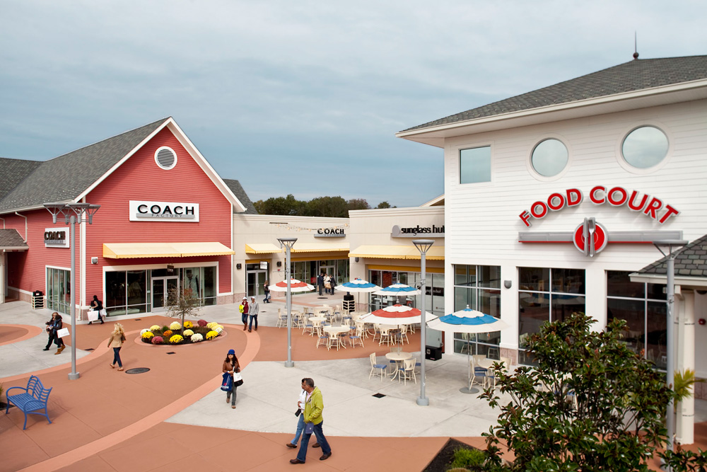 Jersey Shore Premium Outlets is an outlet center located in Tinton Falls, New Jersey. The center is owned by Premium Outlets, a subsidiary of Simon Property Group, and takes its name from the town in which it is located/5(47).